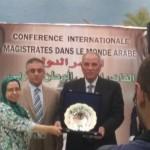 تكريم معالي وزير العدل المستشار أحمد الزند للشبكة القانونية للنساء العربيات ممثلة بالرئيسة